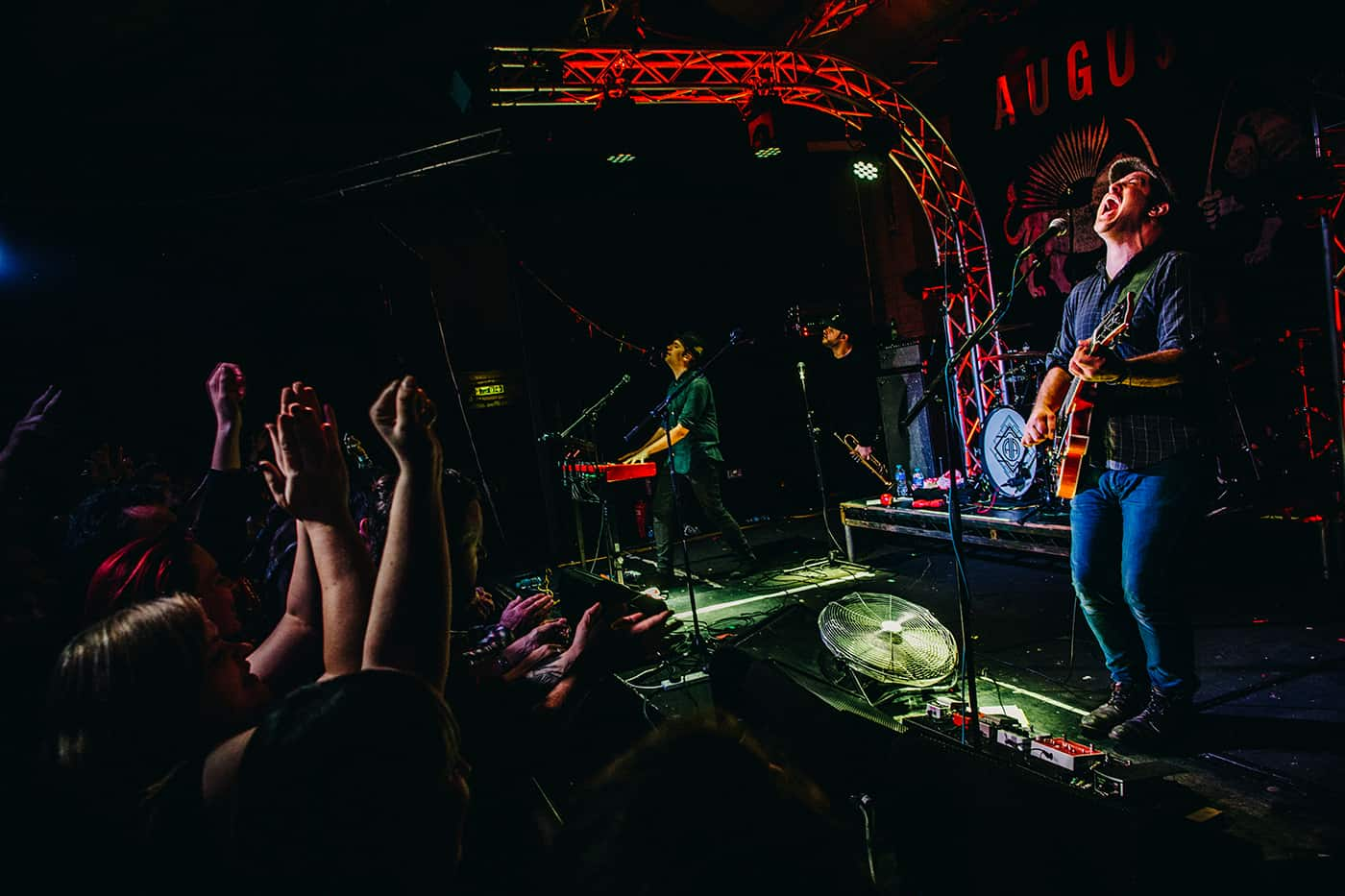 Augustines live photo
