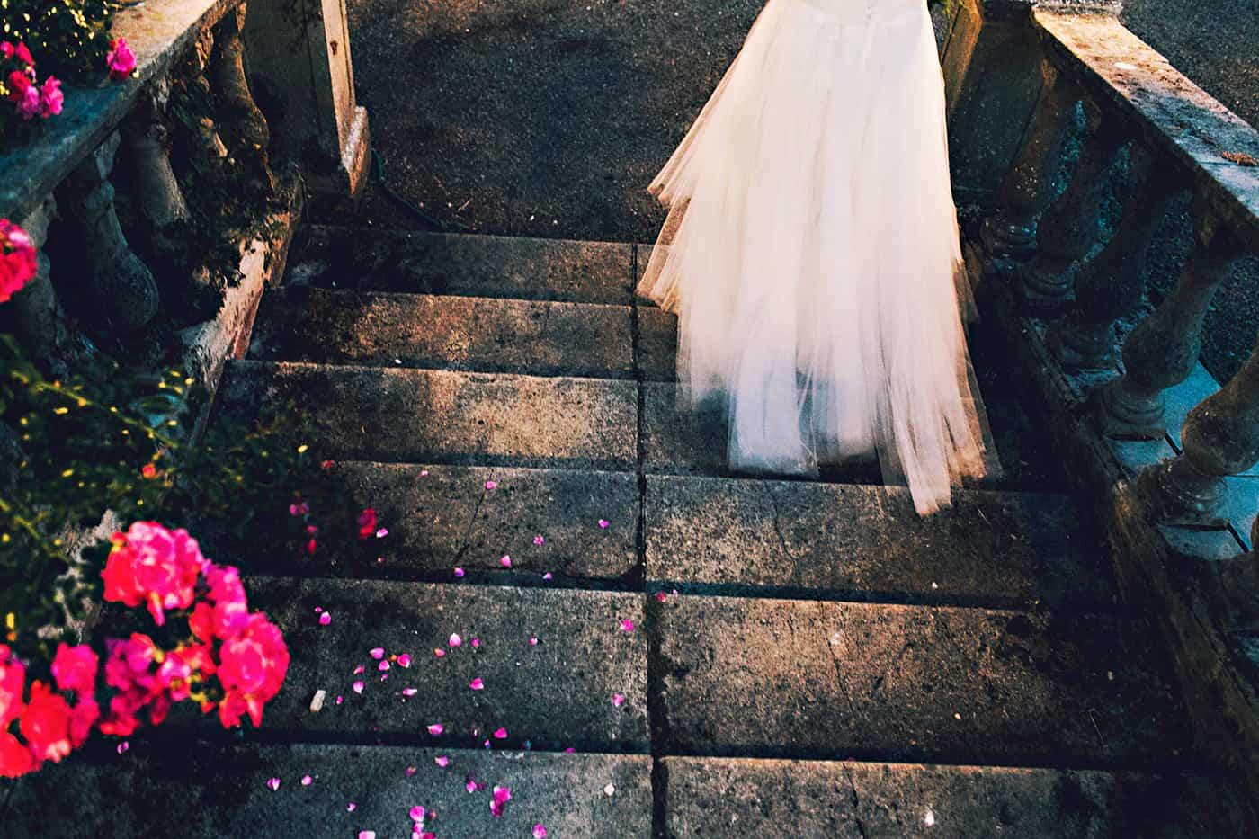 Wedding dress artistic