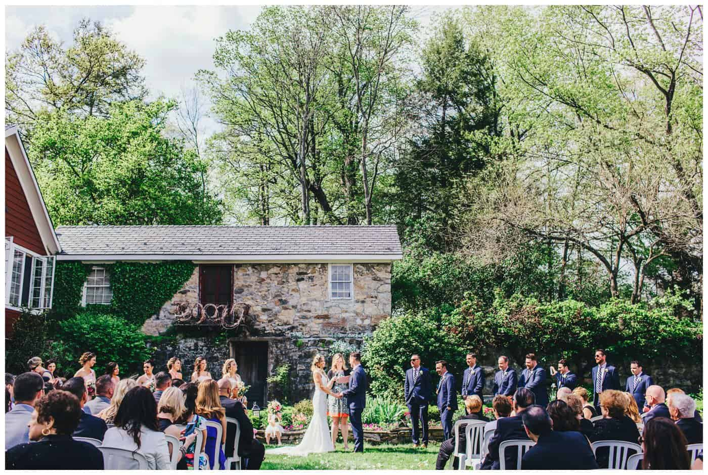 Crossed Keys Estate outdoor wedding ceremony