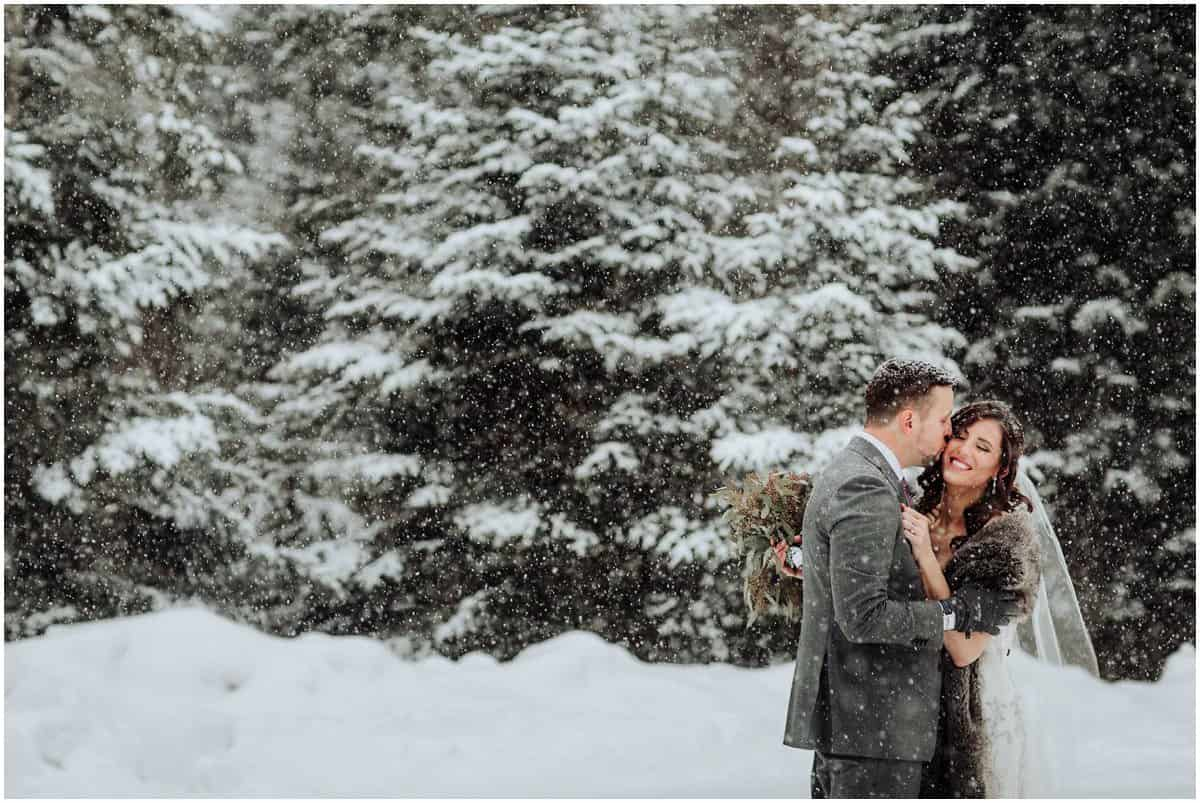 mont tremblant winter wedding photos