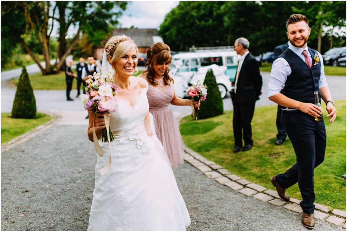 reportage Shustoke Farm Barns wedding photography