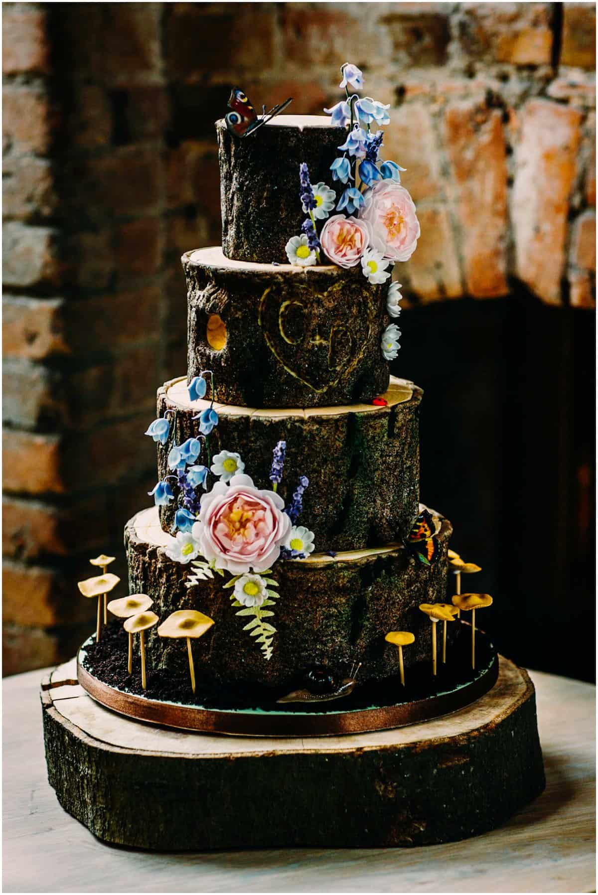 woodland them wedding cake
