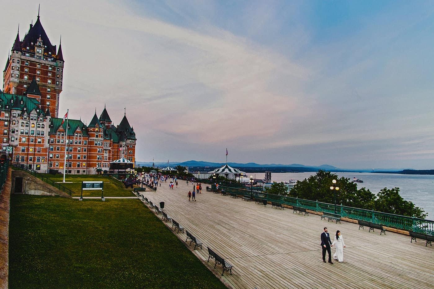 Bride & groom walking in Quebec City